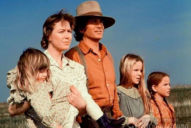 """Bộ phim truyền hình """"Little House on the Prairie"""" (Ngôi nhà nhỏ trên thảo nguyên) xoay quanh cuộc sống của một gia đình nhà nông tại Mỹ hồi cuối thế kỷ 19."""