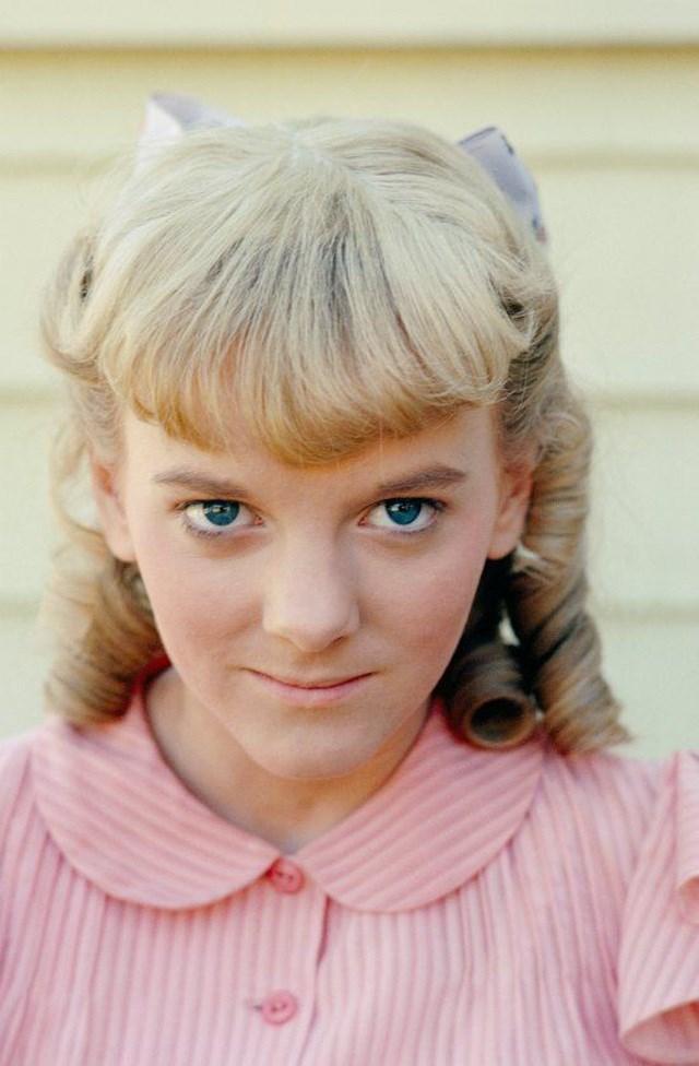 Nữ diễn viên Alison Arngrim (vào vai cô bạn xấu tính - Nellie Oleson).