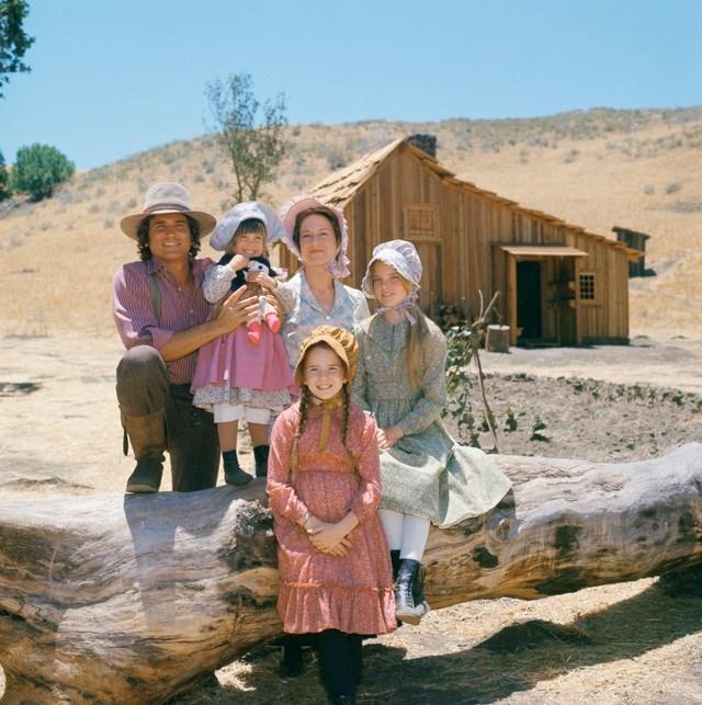 Dàn diễn viên 'Ngôi nhà nhỏ trên thảo nguyên' sau 45 năm - Ảnh 1