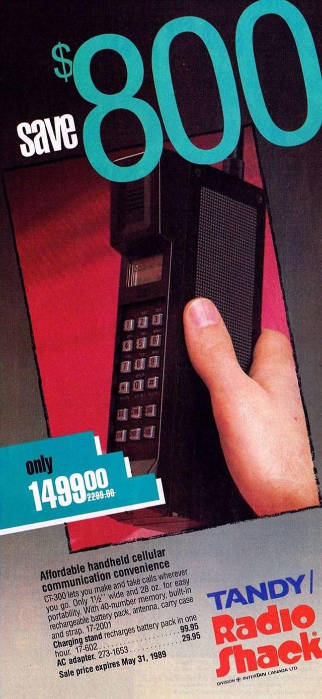 Điện thoại di động Tandy Ct-300 có giá 1,499,00 USD (tương đương 3,116,43 USD ngày nay).