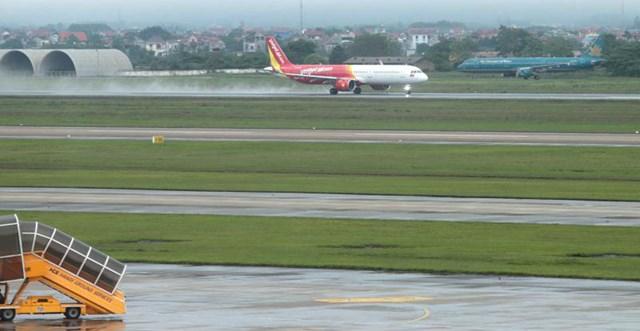 Đường cất hạ cánh sân bay Nội Bài.