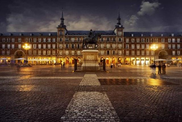 Khám phá những quảng trường lớn nhất thế giới - Ảnh 15