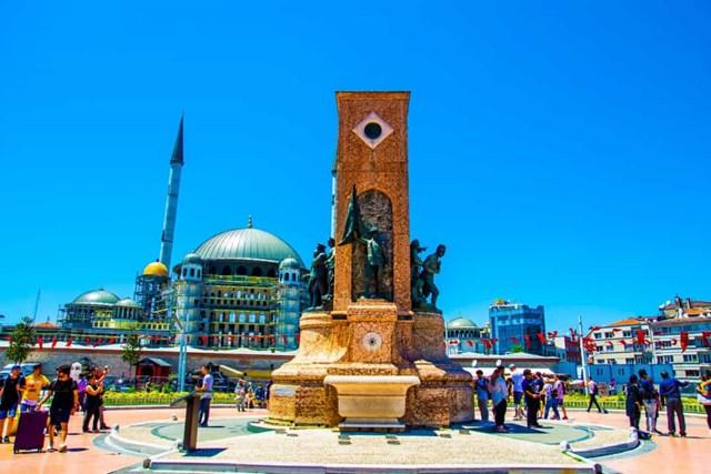 Khám phá những quảng trường lớn nhất thế giới - Ảnh 18