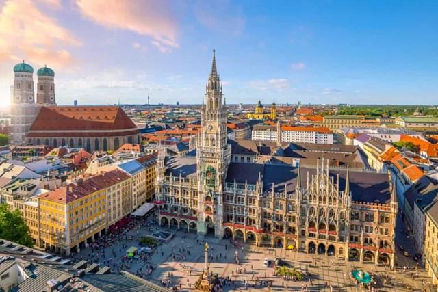 Khám phá những quảng trường lớn nhất thế giới - Ảnh 21