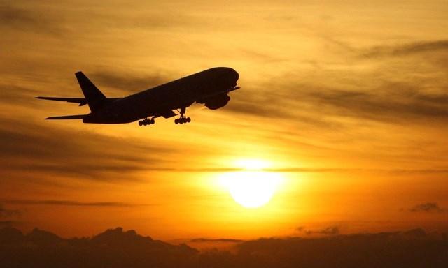 Nhiều nước cấm các chuyến bay đến từ Anh do xuất hiện chủng vi rút corona mới lây lan mạnh hơn. Ảnh minh họa: PA.