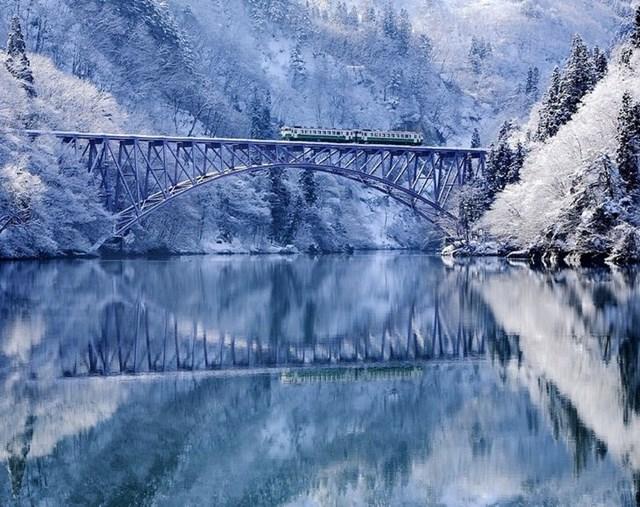 Sông Tadami, Nhật Bản.