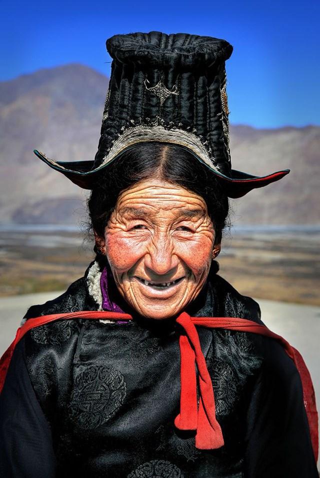 Người phụ nữ Ladakhi từ Thung lũng Nubra xa xôi.