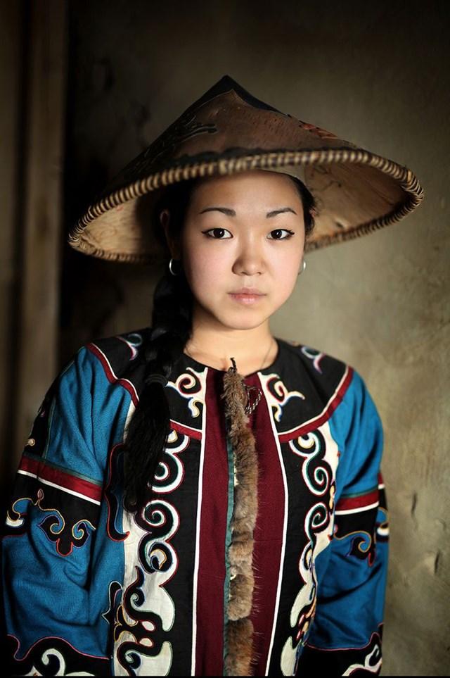 Người phụ nữ bản địa Ulchi từ Viễn Đông Siberia.