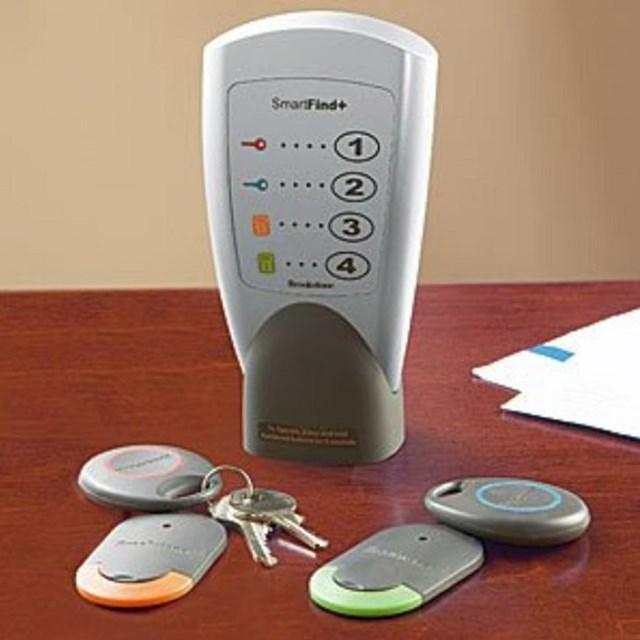 Điều khiển từ xa thông minh - giúp bạn định vị tất cả chìa khóa trong ngôi nhà của mình.
