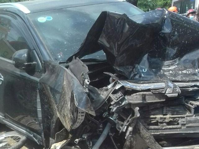vụ tai nạn giao thông làm 3 người chết.