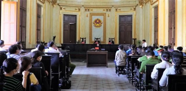 Quang cảnh phiên tòa tuyên án các bị cáo ngày 16.12.