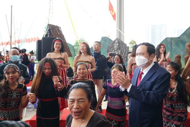 Chủ tịch UB TƯ MTTQ Việt Nam Trần Thanh Mẫn dự đại hội đại biểu các dân tộc thiểu số. Ảnh Quang Vinh.