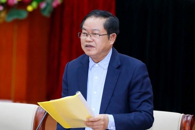 Phó Chủ tịch Quốc hộiĐỗ Bá Tỵ phát biểu tại Hội nghị.
