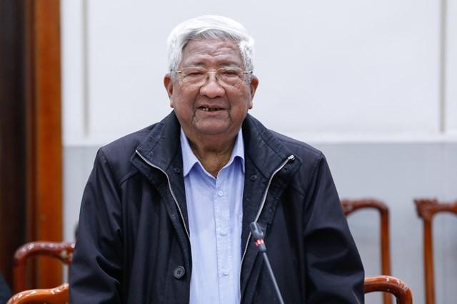 Nguyên Chủ tịch UBTƯ MTTQ Việt Nam Phạm Thế Duyệt phát biểu tại buổi gặp mặt.