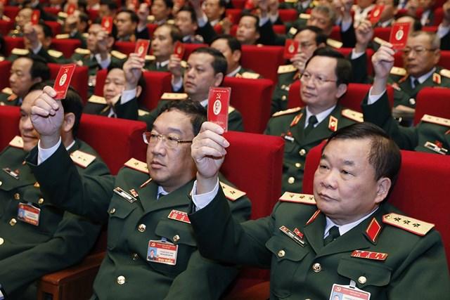 Cácđại biểu quyết thông qua chương trìnhĐại hội.