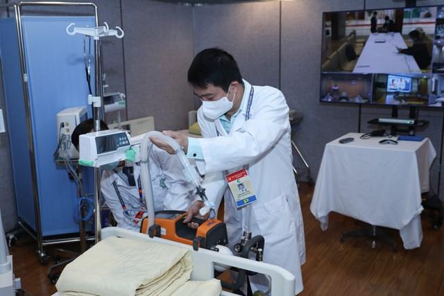 Khai trương Trung tâm Y tế phục vụ Đại hội XIII của Đảng - Ảnh 4