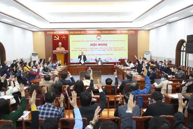 100% cử tri Cơ quan UBTƯ MTTQ Việt Namđồngý biểu quyết giới thiệuông Trần Thanh Mẫn vàông Hầu A Lềnhứng cử đại biểu Quốc hội.