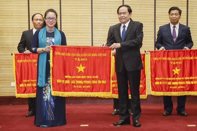 Hà Nội: Phát động thi đua cao điểm tổ chức thành công bầu cử ĐBQH và HĐND các cấp - Ảnh 1