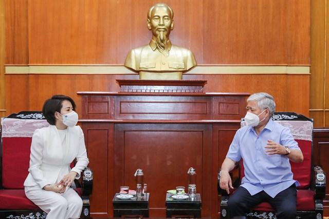 Bí thư Trung ương Đảng, Chủ tịch UBTƯ MTTQ Việt Nam Đỗ Văn Chiến khẳng định, để có thêm nguồn lực cùng đất nước đẩy lùi dịch bệnh rất cần sự chung tay, góp sức của toàn xã hội.