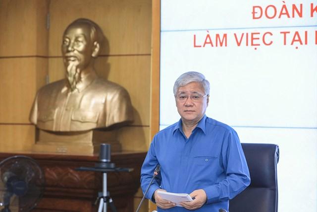 Bí thư Trung ương Đảng, Chủ tịch UBTƯ MTTQ Việt Nam Đỗ Văn Chiến phát biểu tại cuộc làm việc với Bộ Tài nguyên và Môi trường.