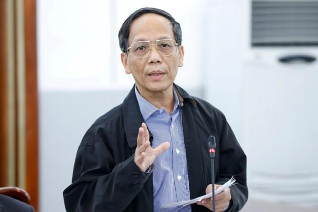 Ông Phạm Xuân Sơn, Phó Chủ nhiệm Hội đồng tư vấn về Đối ngoại và Kiều bào góp ý tại Hội nghị.
