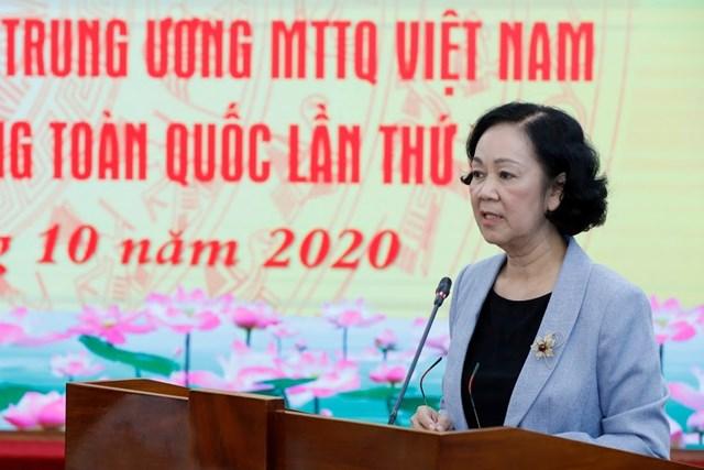 Bà Trương Thị Mai phát biểu tại Hội nghị.