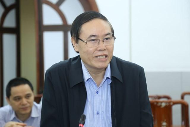 TS Cầm Văn Đoản, Ủy viên Hội đồng tư vấn về Dân tộc, UBTƯ MTTQ Việt Nam phát biểu tại Hội nghị.