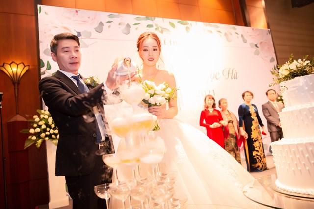 [ẢNH]Dàn sao dự đám cưới Công Lý - Ngọc Hà