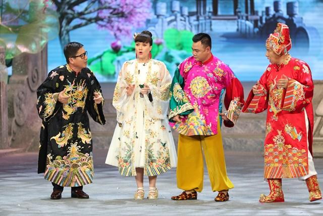 Táo quân 2021 có sự tham gia của dàn diễn viên quen thuộc như Chí Trung, Vân Dung, Tự Long, Quang Thắng.