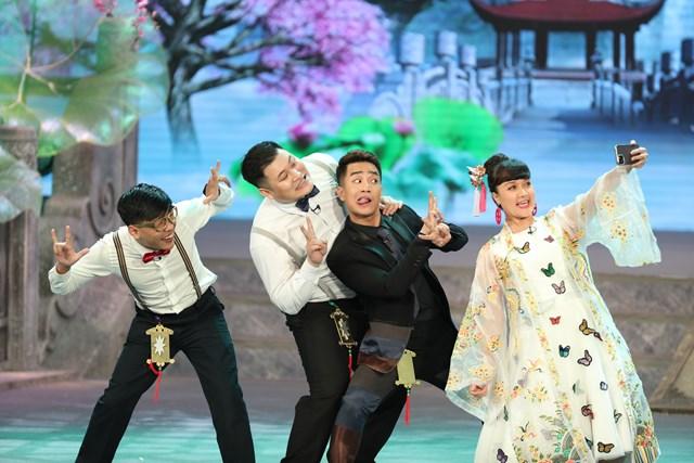 """Chương trình có sự tham gia của các gương mặt trẻ Duy Nam, Trung """"ruồi"""", Manh Dũng, Việt Bắc."""