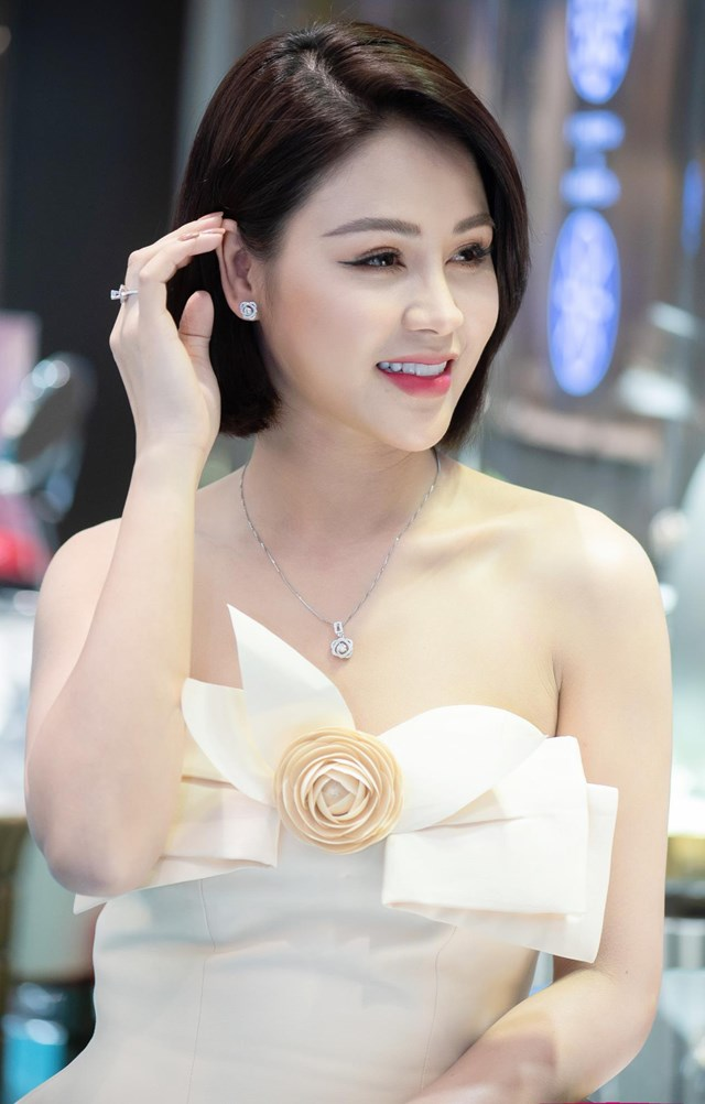 Lương Thu Trang được đề cử giải thưởng diễn viên nữ ấn tượng.