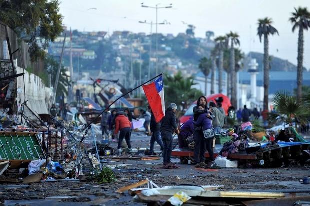 Chile hứng chịu 2 trận động đất liên tiếp, nguy cơ có sóng thần - Ảnh 1