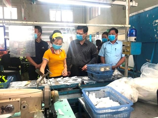 MTTQ tỉnh Phú Thọ khảo sát về công tác phòng, chống dịch bệnh Covid-19, an toàn vệ sinh thực phẩm tại huyện Đoan Hùng.