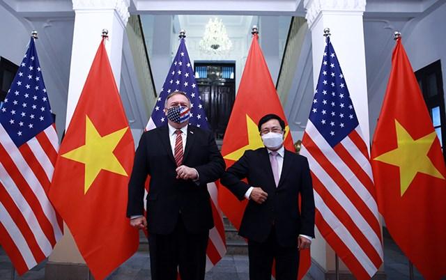 Phó Thủ tướng, Bộ trưởng Ngoại giao Phạm Bình Minh với Ngoại trưởng Hoa Kỳ Mike Pompeo.