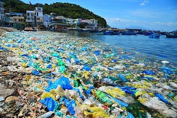 Rác thải nhựa đang bao phủ đại dương.