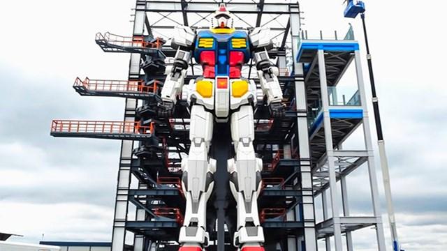 Robot trong hình dạng người khổng lồ ở Nhật Bản - Ảnh 1