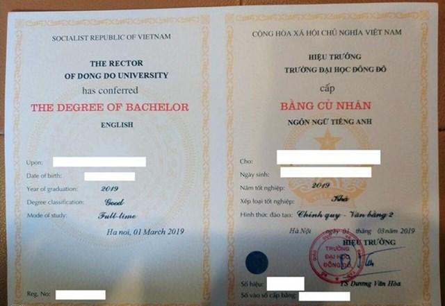 Mẫu bằng trường Dại học Đông Đô cấp cho các học viên học văn bằng 2 tiếng Anh.