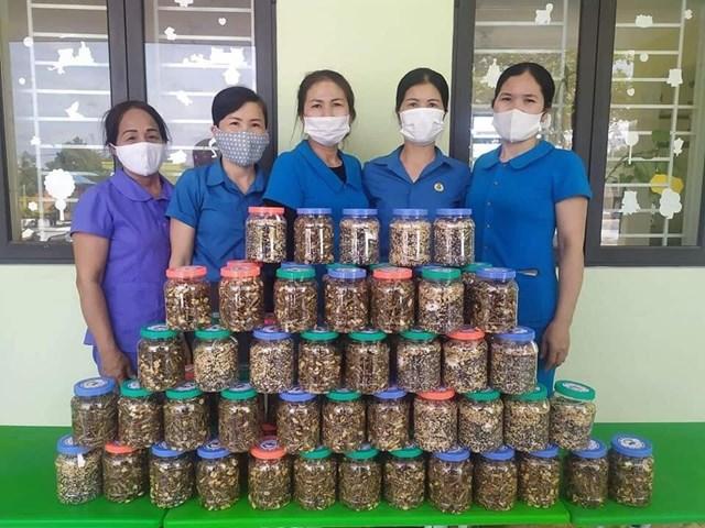 Hà Tĩnh: Huyện Kỳ Anh ủng hộ hơn 129 tấn lương thực, thực phẩm cho đồng bào miền Nam - Ảnh 6