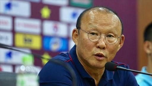 Thày Park vừa triệu tập đội hình, FIFA lại hoãn vòng loại World Cup 2022