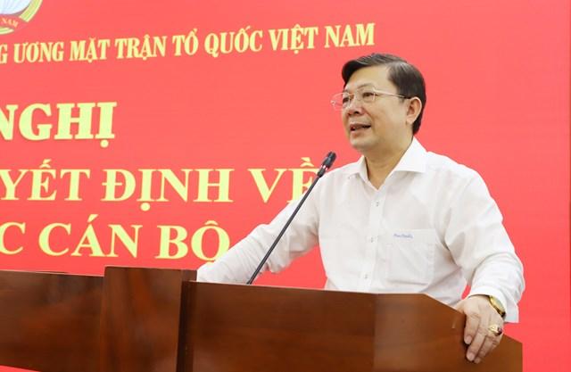 Phó Chủ tịch Nguyễn Hữu Dũng phát biểu tại hội nghị.
