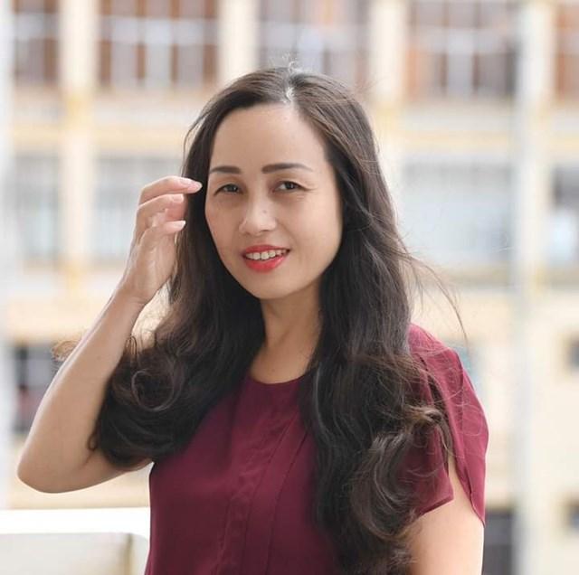 Bà Phạm Minh Hòa.