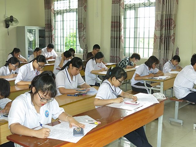 Học sinh Hải Phòng dự thi vào lớp 10 năm học 2020 - 2021