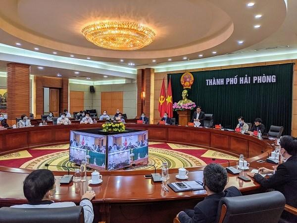Phó Chủ tịch UBND TP Hải Phòng Nguyễn Đức Thọ phát biểu tại cuộc họp.