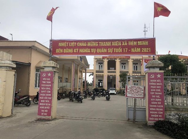 Trụ sở UBND xã Tiên Minh nơi xảy ra việc công an viên bán chuyên trách thu vượt quy định cấp đổi thẻ CCCD