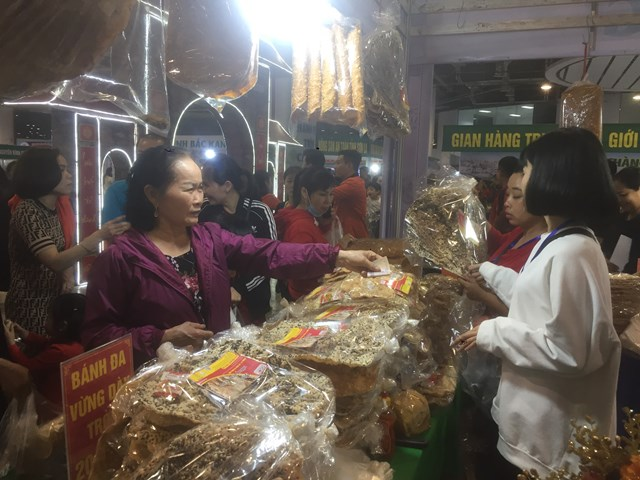 Hội chợ OCOP luôn được sự quan tâm của người dân và du khách