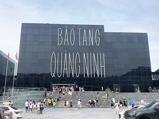 Bảo tàng Quảng Ninh.