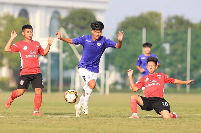U17 Hà Nội có chiến thắng dễ dàng trước U17 Long An