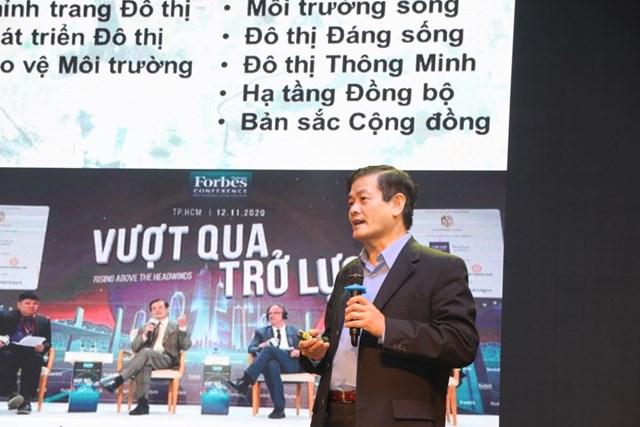 TSKH. KTS Ngô Viết Nam Sơn phát biểu tại hội thảo.