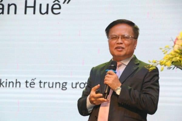 """TS. Nguyễn Đình Cung, thành viên Tổ tư vấn Chính phủ cho rằng: các dự án bất động sản tại Huế hiện vẫn đơn điệu, chưa thể hiện rõ nét """"di sản Huế""""."""