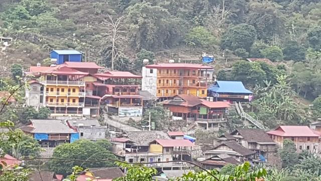 Nhiều người nơi khác tới Ba Bể mua đất xây khách sản để kinh doanh.